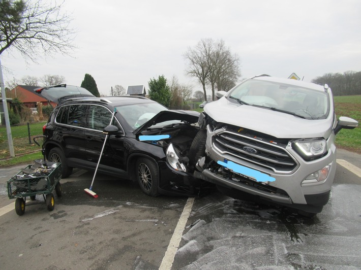 Read more about the article POL-NI: Verkehrsunfall in Kohlenweihe mit zwei verletzten Personen