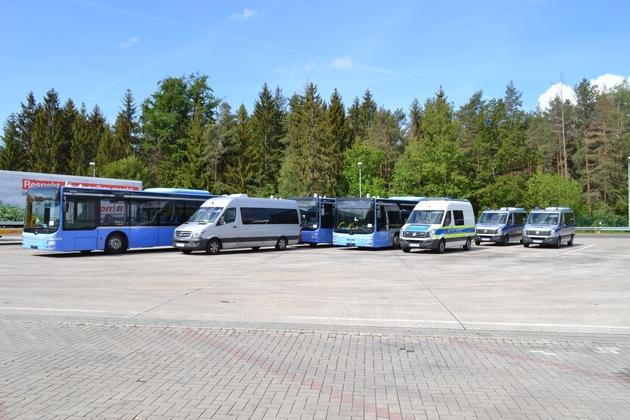 Read more about the article API-TH: Verstöße bei der Überführung von Reisebussen aufgedeckt