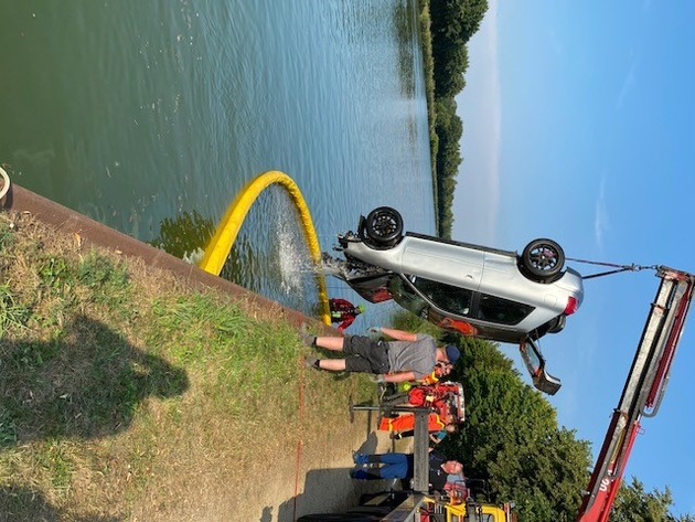 Polizei Steinfurt  POL-ST: Duisburg/Recke: Audi-Fahrer fährt in Mittellandkanal – Nachtrag
