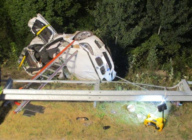Stade: 35-jährige Autofahrerin bei Unfall auf der A26 schwer verletzt