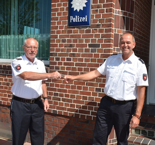 Stade: Polizeistationen Drochtersen und Harsefeld unter neuer Leitung – langjährige Stationsleiter im Ruhestand