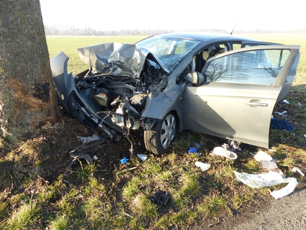 Read more about the article Cuxhaven: Tödlicher Verkehrsunfall