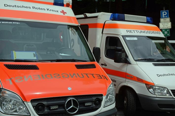 POL-ME: Motorrollerfahrer bei Alleinunfall schwer verletzt – Monheim am Rhein – 2103022